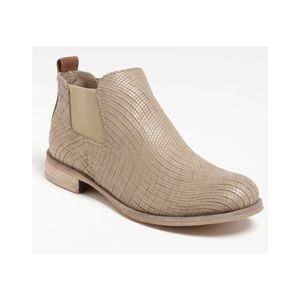💥PRICE DROP💥 Lilimill Ankle Boots
